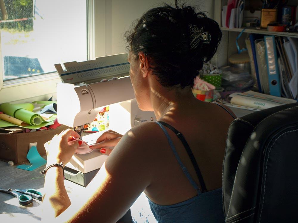 Lololinette dans son atelier